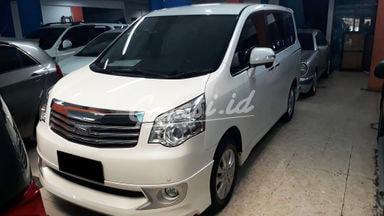 2014 Toyota Nav1 Limited - Mobil Pilihan