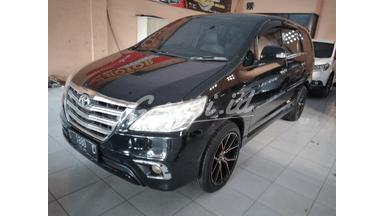 2013 Toyota Kijang Innova V - Terawat Siap Pakai Unit Istimewa