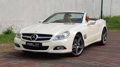 2011 Mercedes Benz Sl 300 Grand Edition - Fitur Mobil Lengkap (s-1)