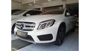 2015 Mercedes Benz GLA GLA 200 - Mobil Pilihan