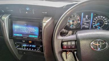 2018 Toyota Fortuner VRZ - Mobil Pilihan (s-4)