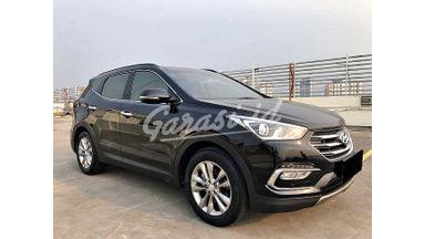 2016 Hyundai Santa Fe 2.4 Ltd - Mobil Pilihan