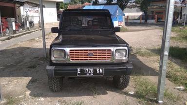 1994 Daihatsu Feroza . - Siap Pakai (s-1)
