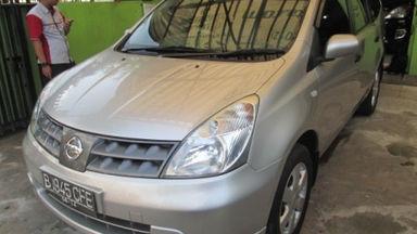 2009 Nissan Grand Livina xv - Kondisi Istimewa (s-0)