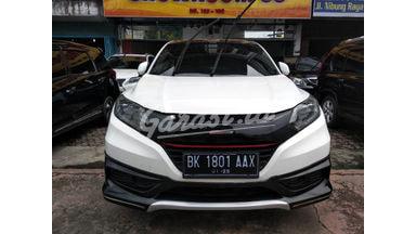 2015 Honda HR-V PRESTIGE - Terawat Mulus