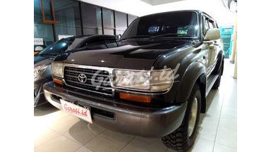 1996 Toyota Land Cruiser VX STD