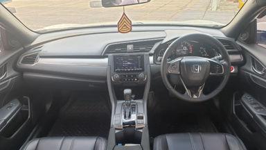 2017 Honda Civic Turbo 1.5 Hatchback S - Harga Bisa Digoyang (s-1)