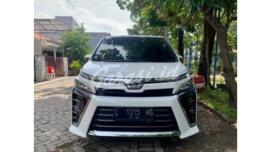 2018 Toyota Voxy 2,0 AT
