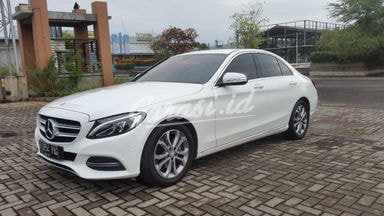 2015 Mercedes Benz C-Class C200 Advantgarde - Mobil Pilihan