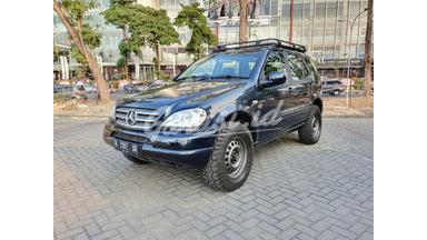 2001 Mercedes Benz ML-Class ML270 CDI