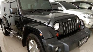2012 Jeep Wrangler RUBICON SAHARA - Siap Pakai Mulus Banget