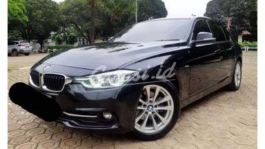 2016 BMW 3 Series 32I SPORT - SIAP PAKAI!