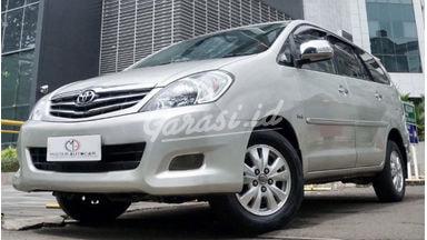 2010 Toyota Kijang Innova 2.0 V AT