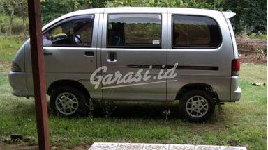 2005 Daihatsu Espass S91