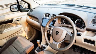 2016 Suzuki Ertiga Dreza 1.4 - Mobil Pilihan (s-5)