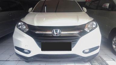 2015 Honda HR-V E - Mobil Pilihan (s-0)