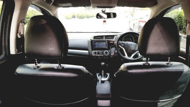 2015 Honda Jazz RS CVT - DP Mulai 15 Juta - Istimewa Full Original (s-3)