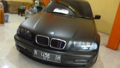 2001 BMW 3 Series 318i - Barang Istimewa