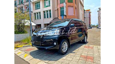 2015 Daihatsu Xenia R Deluxe - Mobil Pilihan