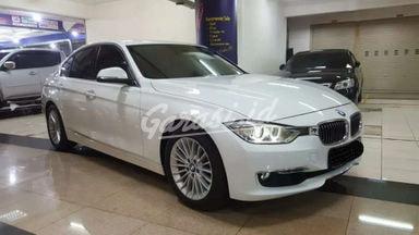 2012 BMW 3 Series 320i - Siap Pakai
