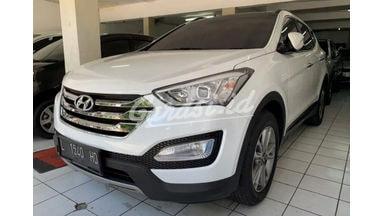 2013 Hyundai Santa Fe AT - Harga Bersahabat