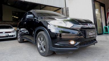 2016 Honda HR-V E - Kondisi Istimewa