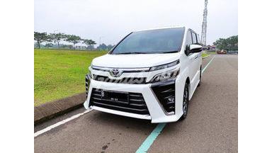 2018 Toyota Voxy 2.0 CVT-i