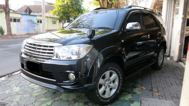 2009 Toyota Fortuner G - Automatic