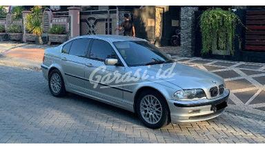 2001 BMW i 325i