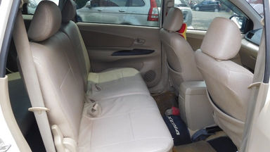 2012 Daihatsu Xenia R DELUXE 1.3 - Warna Favorit, Harga Terjangkau (s-11)