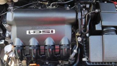2006 Honda Jazz IDSI 1.5 MT - Bekas Berkualitas (s-8)