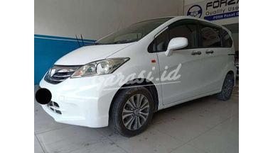 2013 Honda Freed SD - SIAP PAKAI !