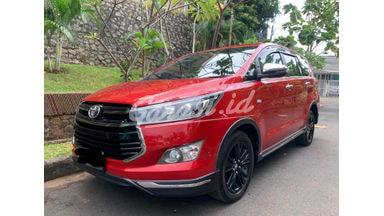 2017 Toyota Kijang Innova Venturer - Low KM Mulus