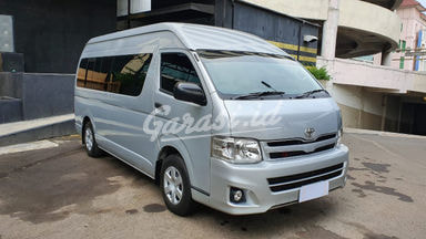 2013 Toyota Hiace Commuter - Harga Menarik