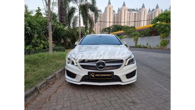 2015 Mercedes Benz CLA-Class CLA200 AMG