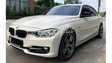 2012 BMW 320i sport - Istimewa Siap Pakai