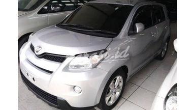2010 Toyota Ist at - Km rendah