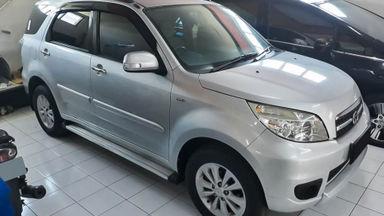 2014 Daihatsu Terios TX MT - Mobil Pilihan