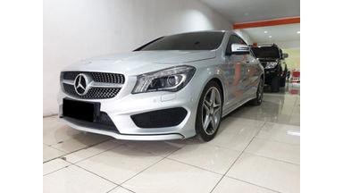2015 Mercedes Benz CLA-Class 200 - Mobil Pilihan