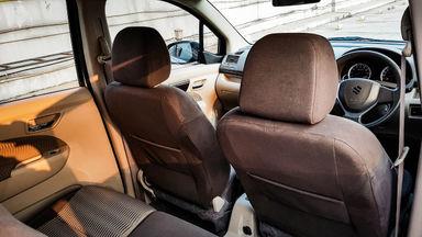 2016 Suzuki Ertiga Dreza 1.4 - Mobil Pilihan (s-8)