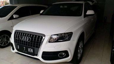 2010 Audi Q5 - Terawat Mewah Siap Kredit