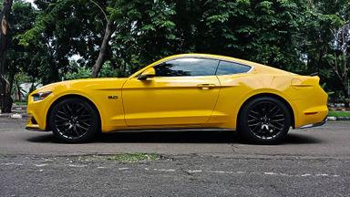 2016 Ford Mustang GT 5.0 - Mobil Pilihan (s-2)