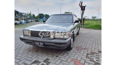 1989 Toyota Crown mt - Barang Istimewa Dan Harga Menarik
