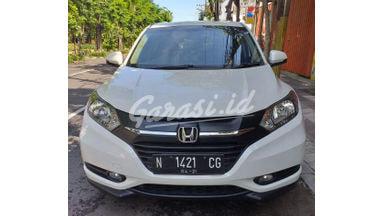 2016 Honda HR-V E CVT - Terawat & Siap Pakai
