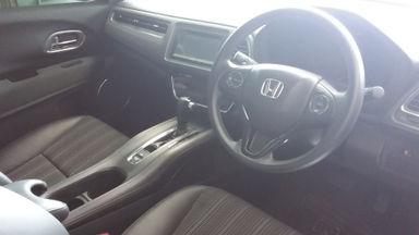 2017 Honda HR-V Ivtec - Barang Bagus Dan Harga Menarik (s-3)