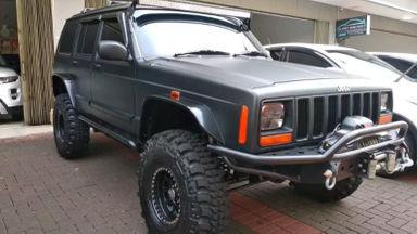 1997 Jeep Cherokee Countey - Tangguh Super Istimewa