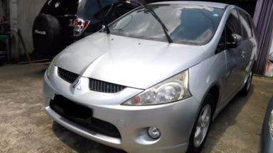 2009 Mitsubishi Grandis GLS - Siap Pakai