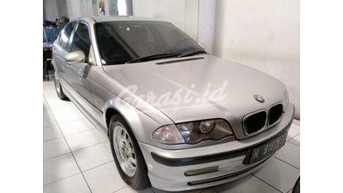2001 BMW 318i 2.0 - Terawat Siap Pakai