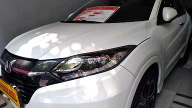 2015 Honda HR-V Prestige - Harga Bersahabat