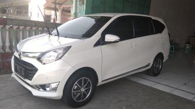 2017 Daihatsu Sigra R DELUXE - Mulus Tinggal Pakai
